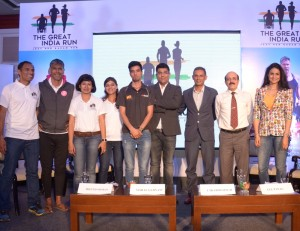 L to R: Arun Bhardwaj, Milind Soman, Ranjana Deopa, Meenal Sukhija, Manish Rawat, Vishal Gurnani, Director, ProSportify, Utkarsh Veer Singh, COO, MobieFit, Joginder Chandna, MobieFit  Co-Founder & Actress, Gul Panag during the announcement of The Great India Run