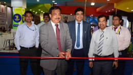 Shri. Ashwani Kumar CMD Dena Bank Inaugurating the Dena Bank's Home Loan Campaign at the MCHI Property Festival at BKC Mumbai