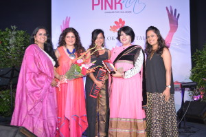 Dr. Tarang, CEO Jaslok Hospital & Research Centre along with all women band InDiva.