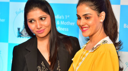 GENELIA D'SOUZA DESHMUKH WITH DR.PRIYANKA BHOIR AT THE LAUNCH OF BABYS CASTLE-PHOTO BY GPN NETWORK