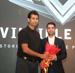 Mr. Rajiv Bajaj (Managing Director of Bajaj Auto) and Mr. Abhinav Bindra (India's first individual Olympic Gold Medalist) at Invincible Indians Felicitation-Photo by Sachin Murdeshwar - GPN Network