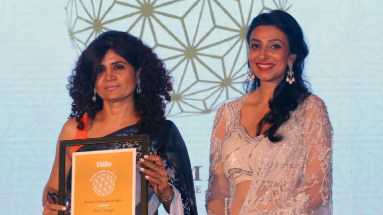 NEW DELHI, (GPN): Neerja Bhatia, Etihad Airways Vice President Indian Subcontinent, pictured left, with Divia Thani, Editor of Condé Nast Traveller India, after being presented with the Best International Airline award in New Delhi - Photo by Sachin Murdeshwar GPN Network