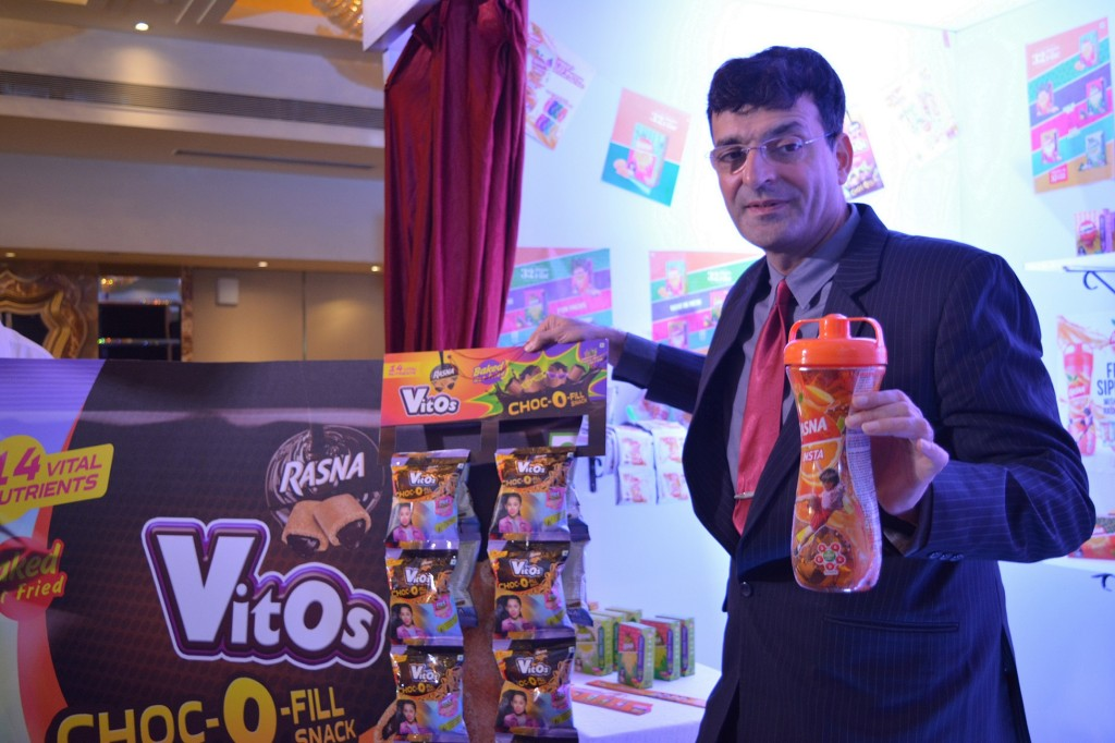 Mr. Piruz Khambatta, Chairman & MD Rasna with the newly launched product - Rasna Vitos - Photo By Sachin Murdeshwar GPN NETWORK.
