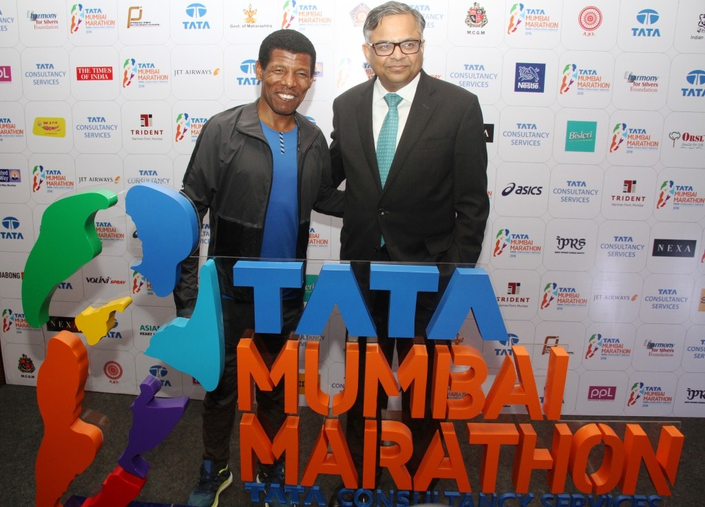 At the Launch of the 15th TATA Mumbai Marathon 2018 (L to R), Greatest sporting icons, 'King' Haile Gebrselassie and N. Chandrasekaran, Chairman, Tata Sons.- Photo By Sachin Murdeshwar GPN NETWORK