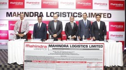 (L-R) – Mr. S Ramesh, Kotak Mahindra Capital Company Limited, Mr. Nikhil Nayak, Chief Financial Officer, Mahindra Logistics Limited,   Mr. Zhooben Bhiwandiwala, Chairman, Mahindra Logistics Limited, Mr. Pirojshaw Sarkari, CEO, Mahindra Logistics Limited and Mr. Parag Shah, Director, Mahindra Logistics Limited and Mr. Chirag Negandhi, Axis Capital Limited at a press conference held today in Mumbai to announce the forthcoming IPO of Mahindra Logistics Limited. The issue opens for subscription on Tuesday 31st October 2017 and closes on Thursday 2nd November 2017. Price band of the issue is Rs 425 per equity share to Rs 429 per equity share.- Photo By Sachin Murdeshwar GPN NETWORK