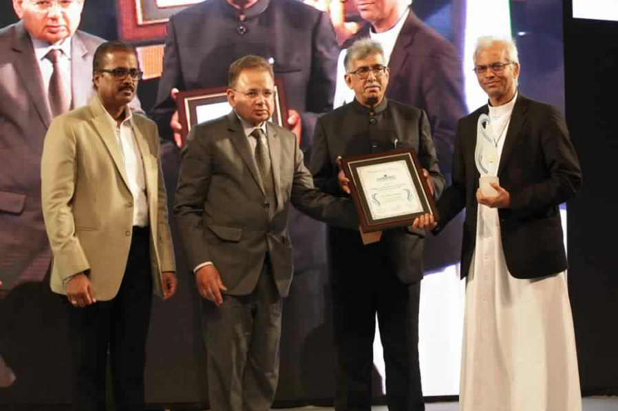 L to R – Dr. Abraham Mathai, President – Harmony Foundation, Justice Dalveer Bhandari, Honorable Judge at The International Court of Justice, Advocate Rizwan Merchant, Father Tom Uzhunnalil-min