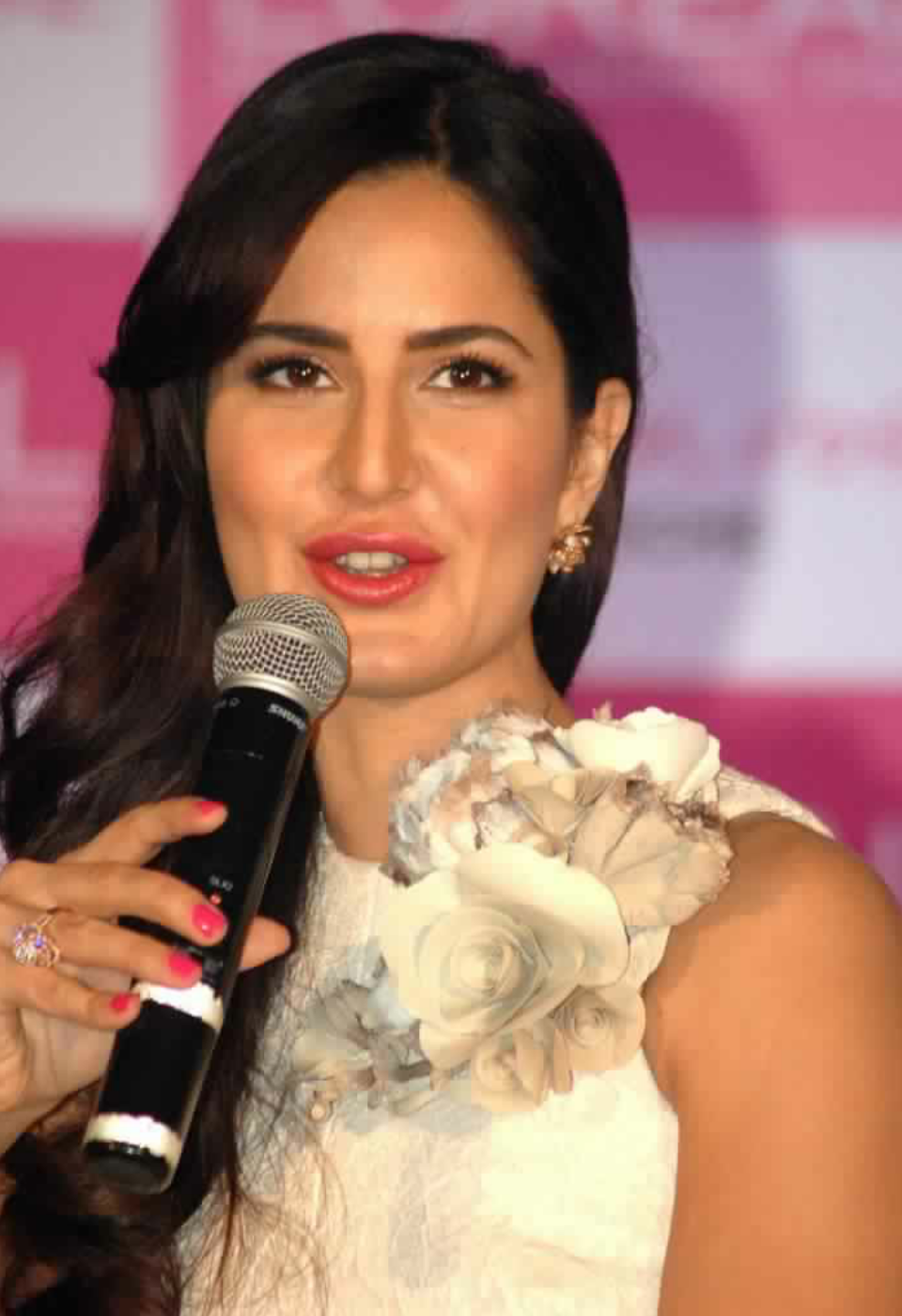 Bollywood actor and brand Ambassdor of LOreal Paris Katrina Kaif speaking to the media persons during the launch of La Vie En Rose lipsticks by L'Oreal Paris in Mumbai on thursday