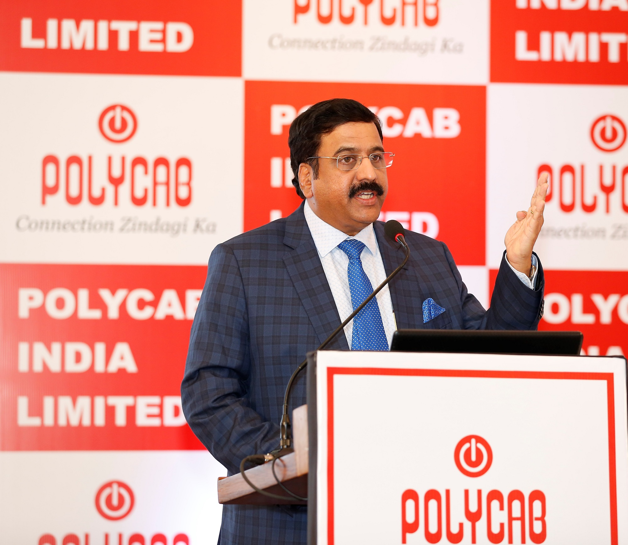 Mr. Ramakrishnan Ramamurthi (Chief Executive), Polycab India Ltd addressing the media at a press conference held in Mumbai today.- By Sachin Murdeshwar GPN News Network