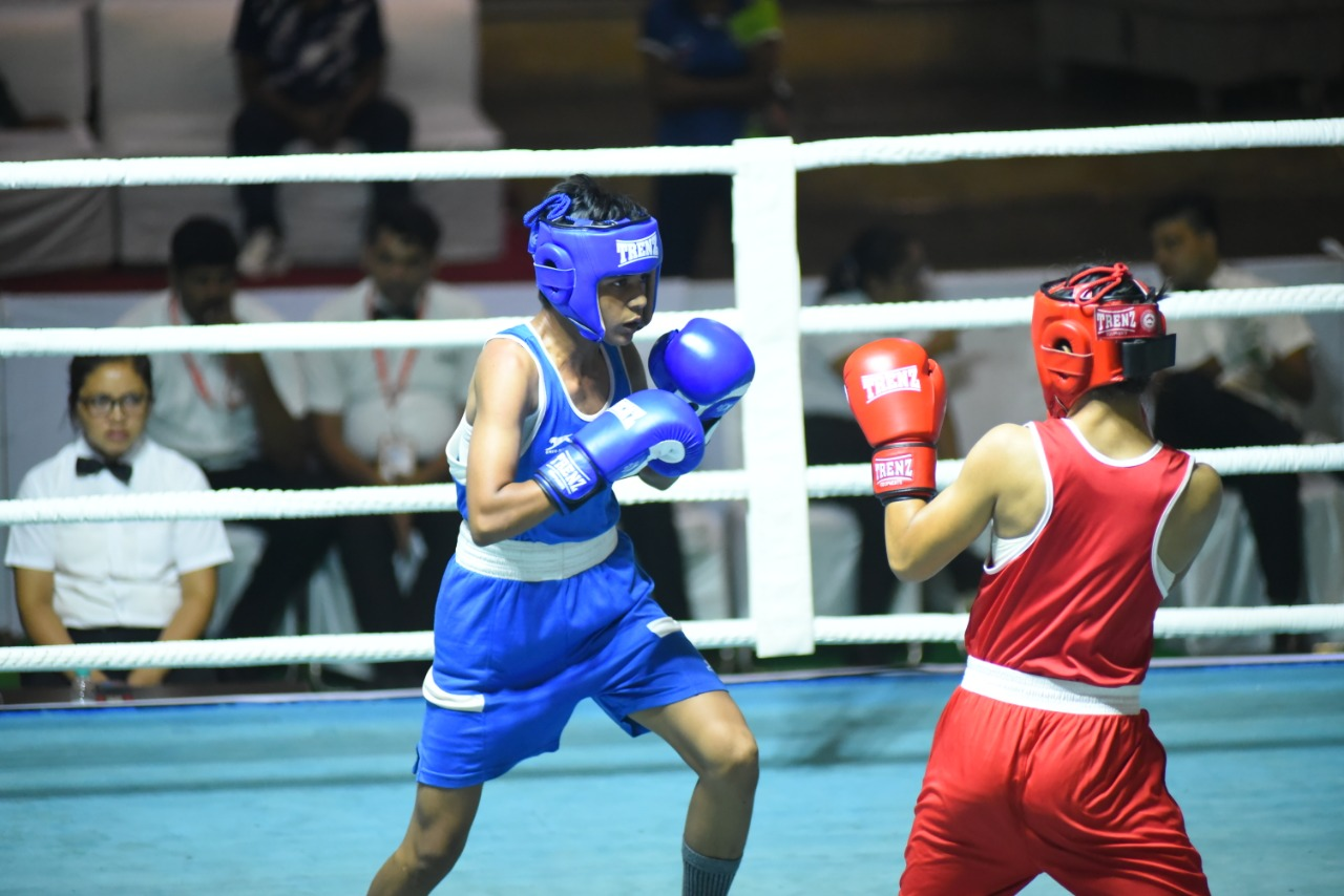 Action from Junior Women's Boxing Nationals (2)