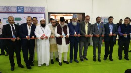 Delegates at the Islamic Travel Mart Ribbon Cutting and inauguration ceremony along with chief guests Shaikh Jina Nabi (Chairman-Haj Committee of India) and Dr Maqsood Ahmad Khan (CEO-Haj Committee of India) in Mumbai -Photo By Sachin Murdeshwar GPN