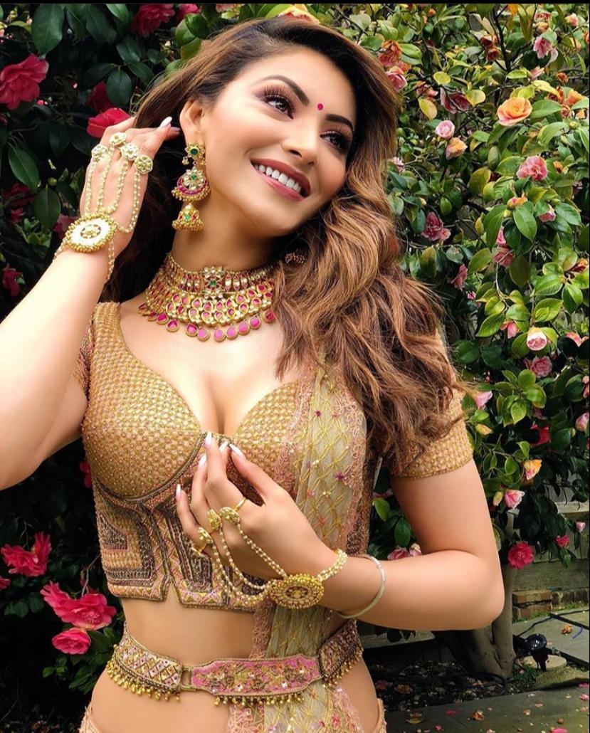 Www.Bollywood Sizzling Hot Com